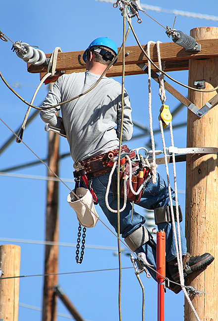 Utility Suppliers High Voltage Tooling Cable Installation Safety Equipment Canadian Utilities Telecommunications Power Generation Utility Contractor Suppliers Ontario Quebec Jubb Utility