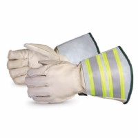 "5-Finger Winter Lineman Glove c/w 6"" Cuff Water Repellent Size Medium"